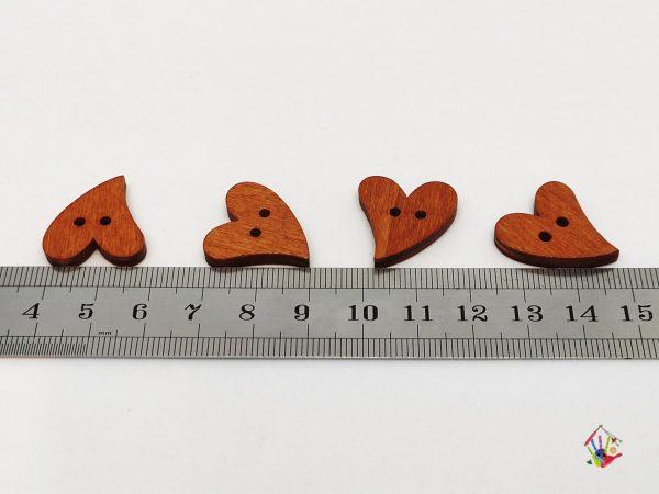 Дерев'яні гудзики сердечка 18*20 мм