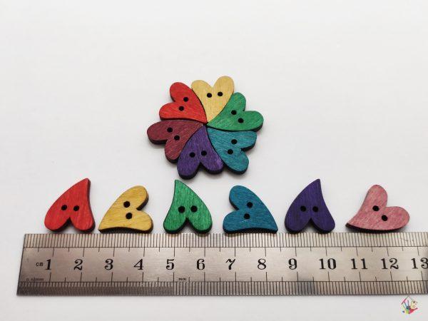 Дерев'яні гудзики кольорові сердечка для виробів ручної роботи